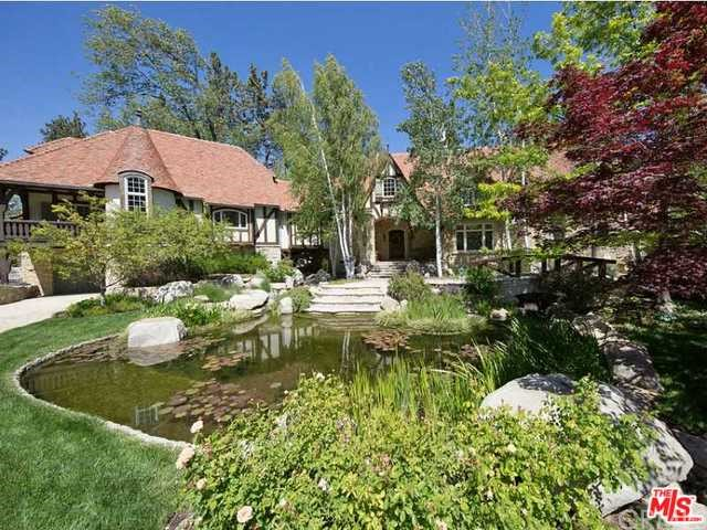 Photo of home for sale at 1437 CANTERBURY Court, Lake Arrowhead CA