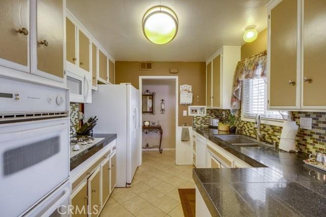 12682 Poplar Street, Garden Grove CA: http://media.crmls.org/medias/b37d3d14-c6ba-4248-b00f-be6892760a72.jpg