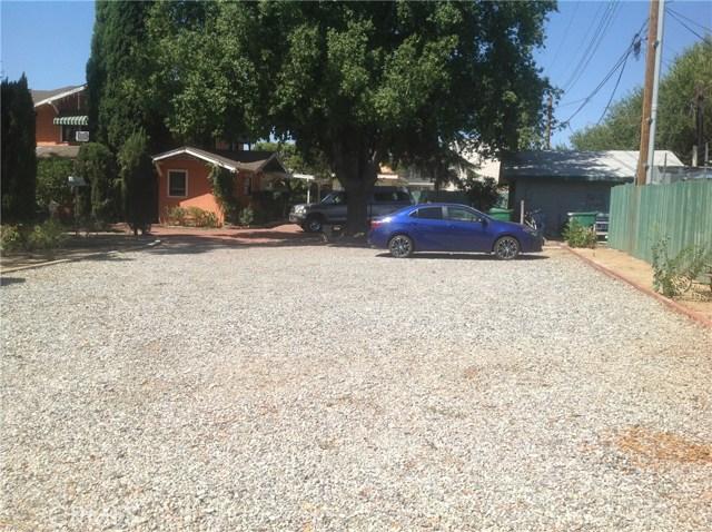 711 W Ramsey Street, Banning CA: http://media.crmls.org/medias/b37f97bc-3111-4560-81a0-8d90af60263d.jpg