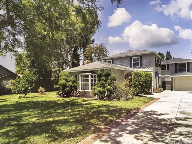 Single Family Home for Rent at 268 East Flower St. St Costa Mesa, California 92627 United States