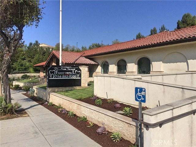 1441 N Brea Boulevard, Fullerton CA: http://media.crmls.org/medias/b392eda9-5982-4df1-91b3-4cba3476951f.jpg