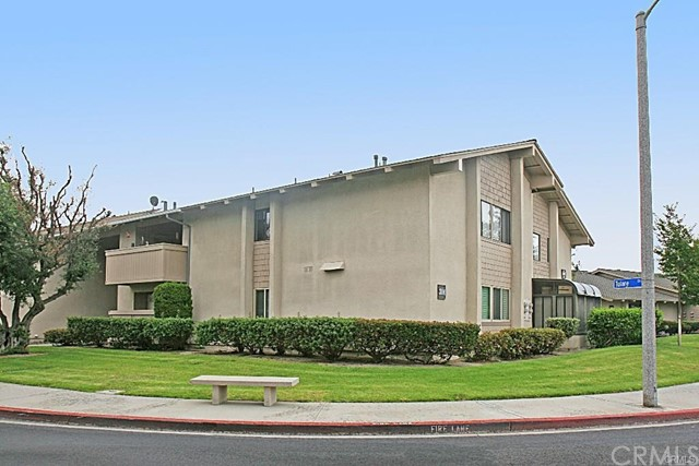 Photo of 8866 Tulare Drive #301E, Huntington Beach, CA 92646
