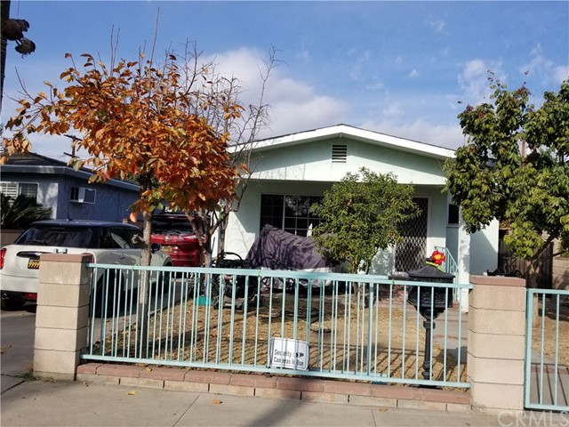 139 E NORWOOD Place, San Gabriel CA: http://media.crmls.org/medias/b3c5ba24-c94d-44df-bfe4-c0691c80e3a6.jpg