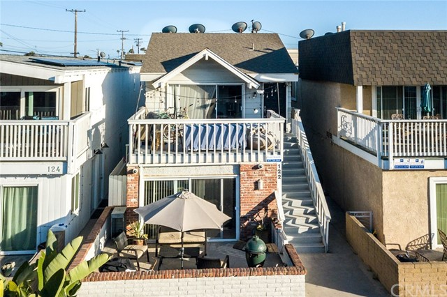 Photo of  Newport Beach, CA 92663 MLS OC18077456