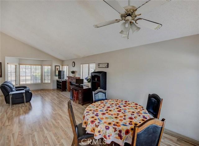 8373 9th Street, Rancho Cucamonga CA: http://media.crmls.org/medias/b3db4055-9c37-4d3f-8ccd-3e09b971a660.jpg