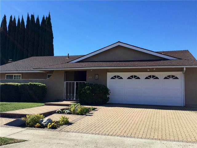 Single Family Home for Sale at 1531 Brookhaven St Placentia, California 92870 United States