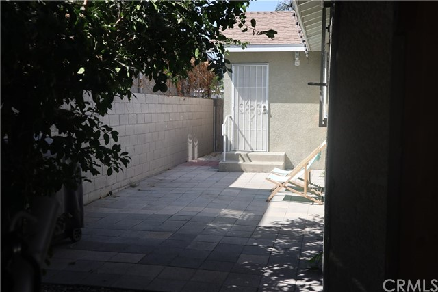 1964 E 110th Street Los Angeles, CA 90059 - MLS #: CV18207889