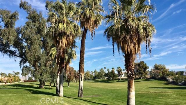 120 Kavenish Drive, Rancho Mirage CA: http://media.crmls.org/medias/b4066d89-33fd-43a7-aeb0-0a8c7a3bd8ad.jpg