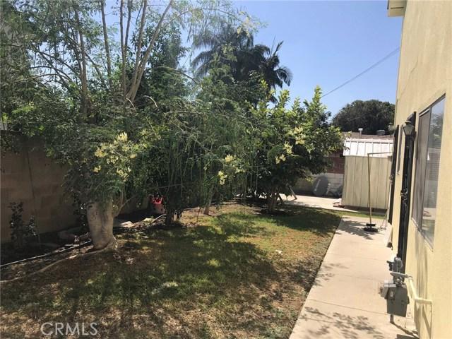 11952 Cherrylee Drive, Los Angeles CA: http://media.crmls.org/medias/b40b3d7f-e5a5-4c44-b4fa-9337b87ff773.jpg