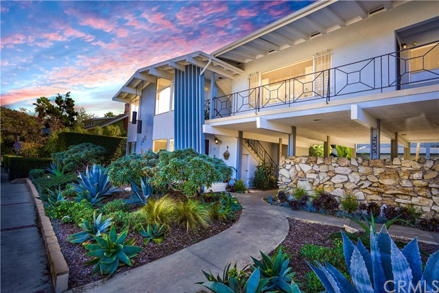 Detail Gallery Image 1 of 1 For 255 Cypress Dr #8,  Laguna Beach,  CA 92651 - 2 Beds | 2 Baths