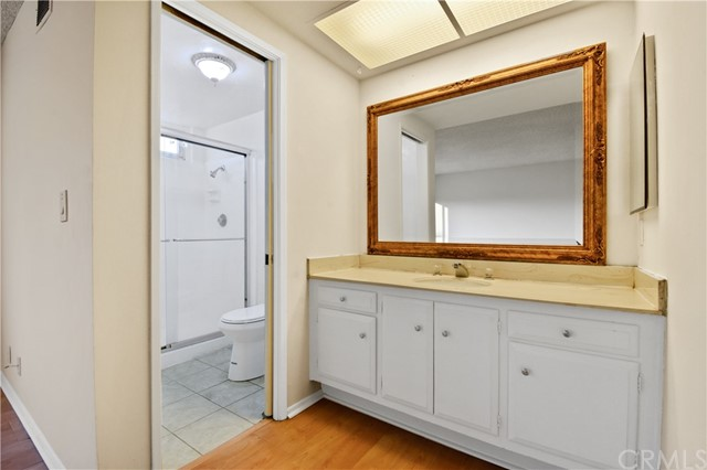3492 Eboe Street, Irvine CA: http://media.crmls.org/medias/b41d5c0b-a264-40fa-8713-80f1fa9d2f8f.jpg