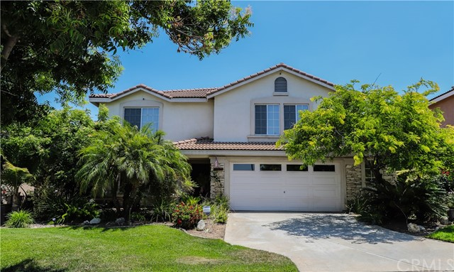2563 Gilbert Avenue, Corona CA: http://media.crmls.org/medias/b427efe5-48f6-4045-b575-830033b4a277.jpg