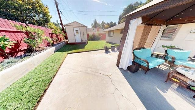7712 Bayberry Avenue, Riverside CA: http://media.crmls.org/medias/b44aed31-48c2-416f-8df9-8ffefe537246.jpg