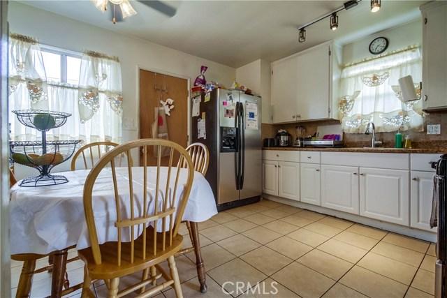 15600 S Vermont Avenue, Gardena CA: http://media.crmls.org/medias/b45358b6-8e3b-4ffd-ab39-c0edc126c925.jpg