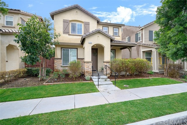 Detail Gallery Image 1 of 1 For 11236 Collin St, Riverside, CA, 92505 - 3 Beds | 2/1 Baths