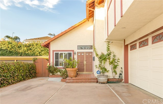 2219 Pullman Lane Unit B, Redondo Beach CA 90278