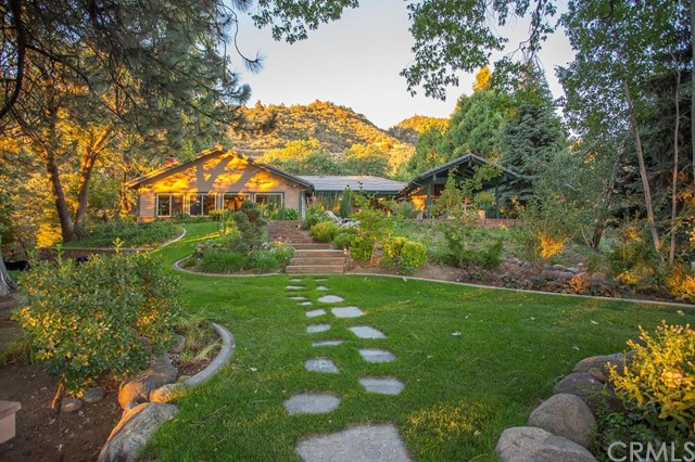 Single Family Home for Sale at 40330 Pine Bench Road Oak Glen, California 92399 United States