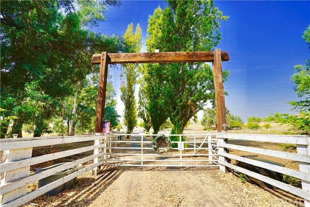 Single Family Home for Sale at 2445 Cassandra Drive Butte Valley, California 95965 United States