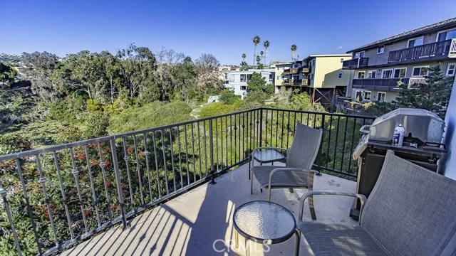 238 Avenida Montalvo, San Clemente CA: http://media.crmls.org/medias/b48f78d9-3d12-49d9-ae81-09767e935865.jpg