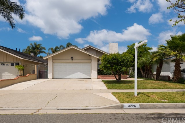 Single Family Home for Sale at 3226 Lowell Street S Santa Ana, California 92707 United States