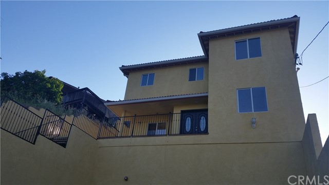 Single Family Home for Sale at 4672 San Andreas Avenue Los Angeles, California 90065 United States