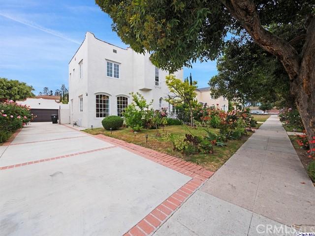 511 Galer Place, Glendale CA: http://media.crmls.org/medias/b4b4249c-0c9e-46e6-b651-a2ea58835858.jpg