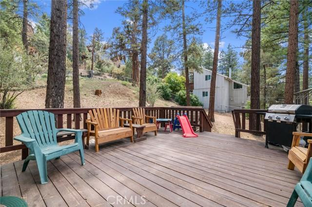 745 Barret Way, Big Bear CA: http://media.crmls.org/medias/b4c45a12-411b-4406-87af-2fb77ae50c76.jpg