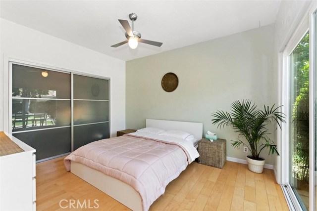 265 W Sonora Place, Claremont CA: http://media.crmls.org/medias/b4da0644-8fd6-49c4-ac4c-78cf39bce908.jpg