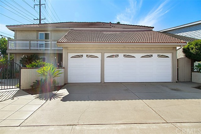 Photo of 2302 N Linwood Street, Santa Ana, CA 92705