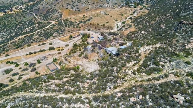 39000 Highway 79, Warner Springs CA: http://media.crmls.org/medias/b4ed25ef-bdc6-493d-a814-2e5e783212ef.jpg