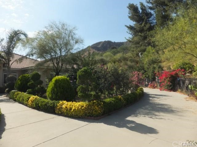 410 Greenwood Avenue, Devore California