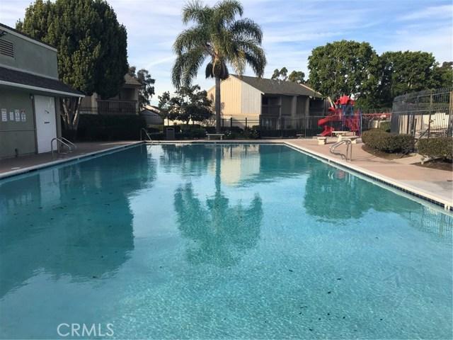 1359 S Walnut St, Anaheim, CA 92802 Photo 2