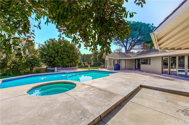 Photo of 115 Park View Drive, Fullerton, CA 92835