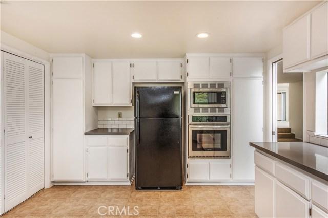 2722 E 20th Street Unit 301 Signal Hill, CA 90755 - MLS #: PW18122648