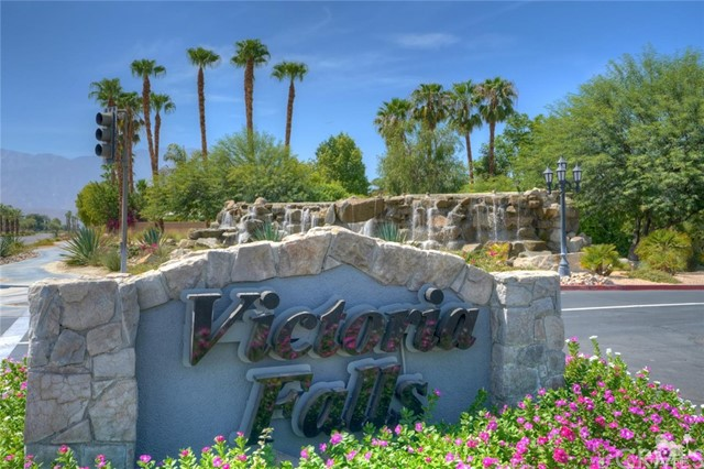 31 Victoria Falls Drive, Rancho Mirage CA: http://media.crmls.org/medias/b5082308-4134-4fdf-91b8-3b0efb4b8816.jpg