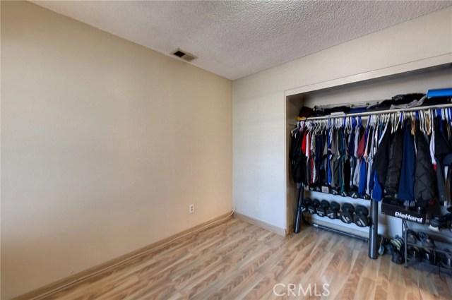 8373 9th Street, Rancho Cucamonga CA: http://media.crmls.org/medias/b50f64c2-4a4a-4f92-880d-d10cbb7ddde9.jpg