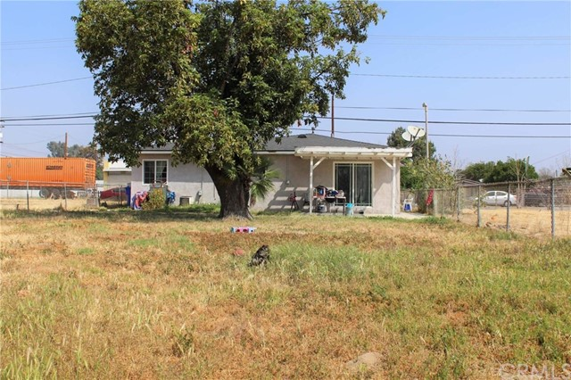 1475 W 5th Street, San Bernardino CA: http://media.crmls.org/medias/b51126d9-35b0-429b-9f54-bf591f3a9919.jpg