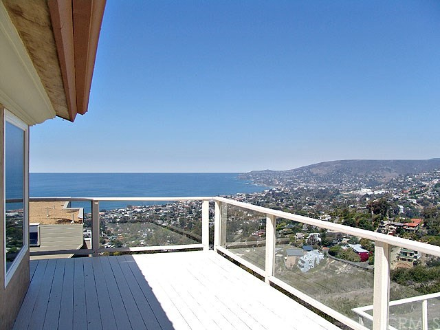 974 Del Mar Avenue  Laguna Beach CA 92651