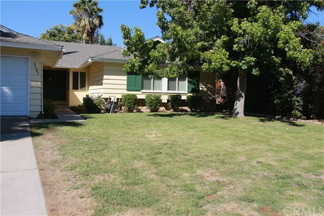 Property for sale at 3385 Valencia Hill Drive, Riverside,  CA 92507