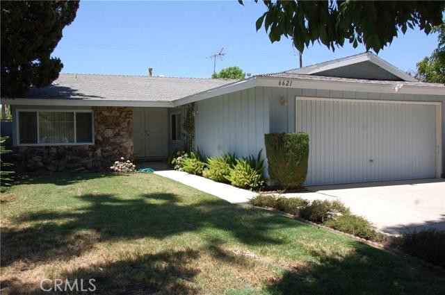 6621 Whitman Avenue, Lake Balboa CA: http://media.crmls.org/medias/b52496a1-0b4b-4809-8b46-16bc51b2936f.jpg