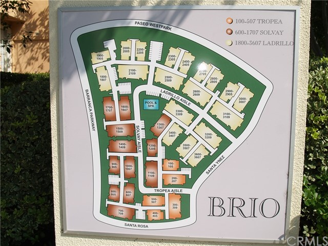3502 LADRILLO AISLE, Irvine CA: http://media.crmls.org/medias/b52d61bf-1ef7-4420-98c2-4179ce25a5f6.jpg