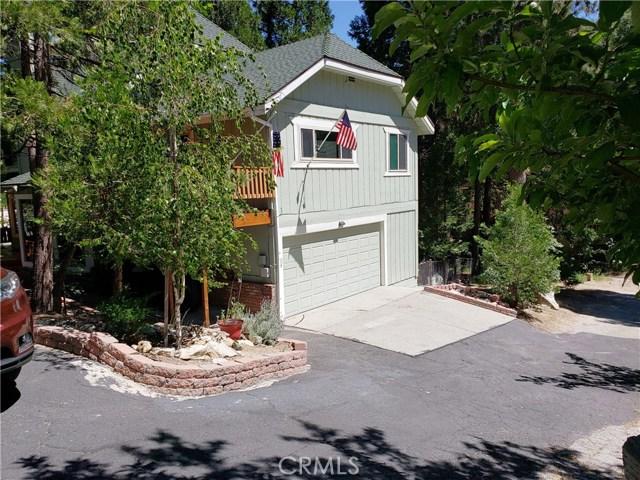 615 Pioneer Road, Lake Arrowhead CA: http://media.crmls.org/medias/b5403692-4868-4876-8432-e3e61daa9e14.jpg