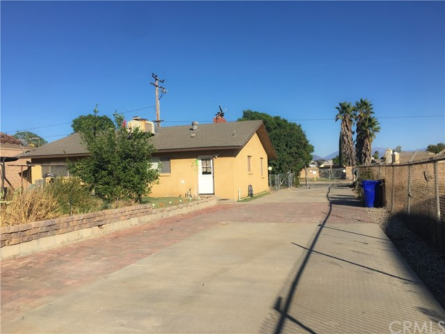 2644 N Cedar Ave, Rialto, CA 92377