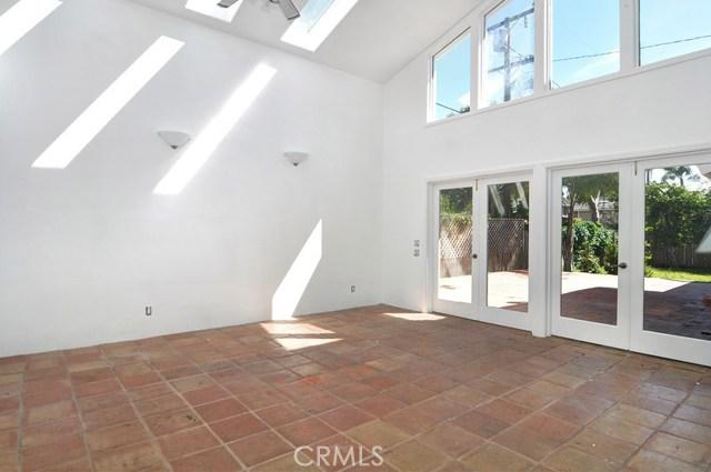 620 Michael Place, Newport Beach CA: http://media.crmls.org/medias/b54eb9e9-bb14-451a-8694-680e19e62a47.jpg