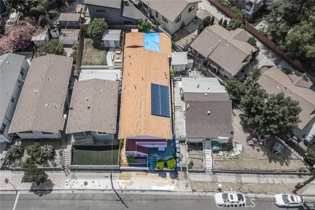 5682 ALDAMA Street, Highland Park CA: http://media.crmls.org/medias/b552cb0a-3e42-417c-977c-ee2865b4759f.jpg