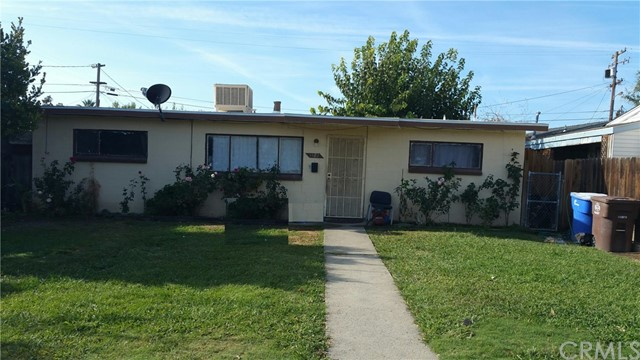 Single Family Home for Sale at 1082 Q Street Firebaugh, California 93622 United States