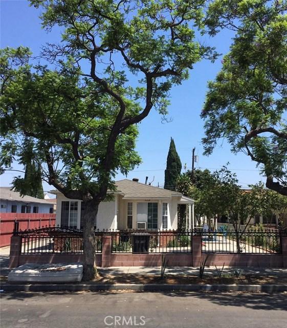 1600 Gardenia Avenue, Long Beach CA: http://media.crmls.org/medias/b55edce2-2534-4ebf-9632-38918cc5ab5d.jpg
