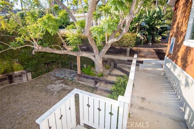 383 High Drive, Laguna Beach CA: http://media.crmls.org/medias/b5656d2a-3886-4424-9364-5c42d82a0198.jpg