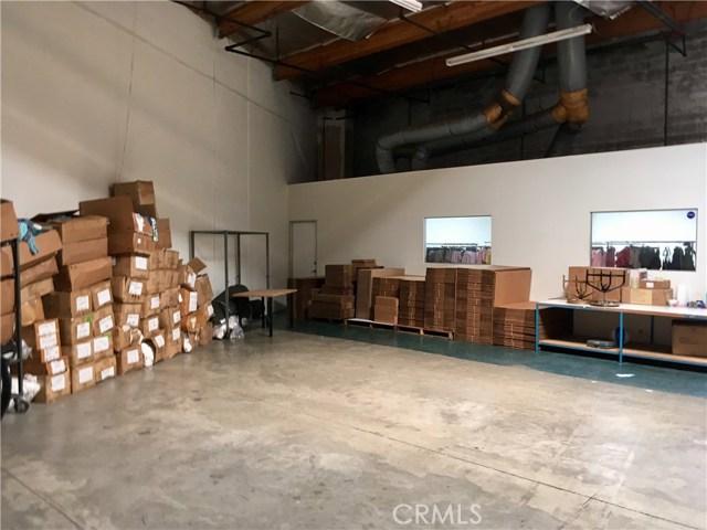 3433 S Main St, Los Angeles, CA 90007 Photo 3