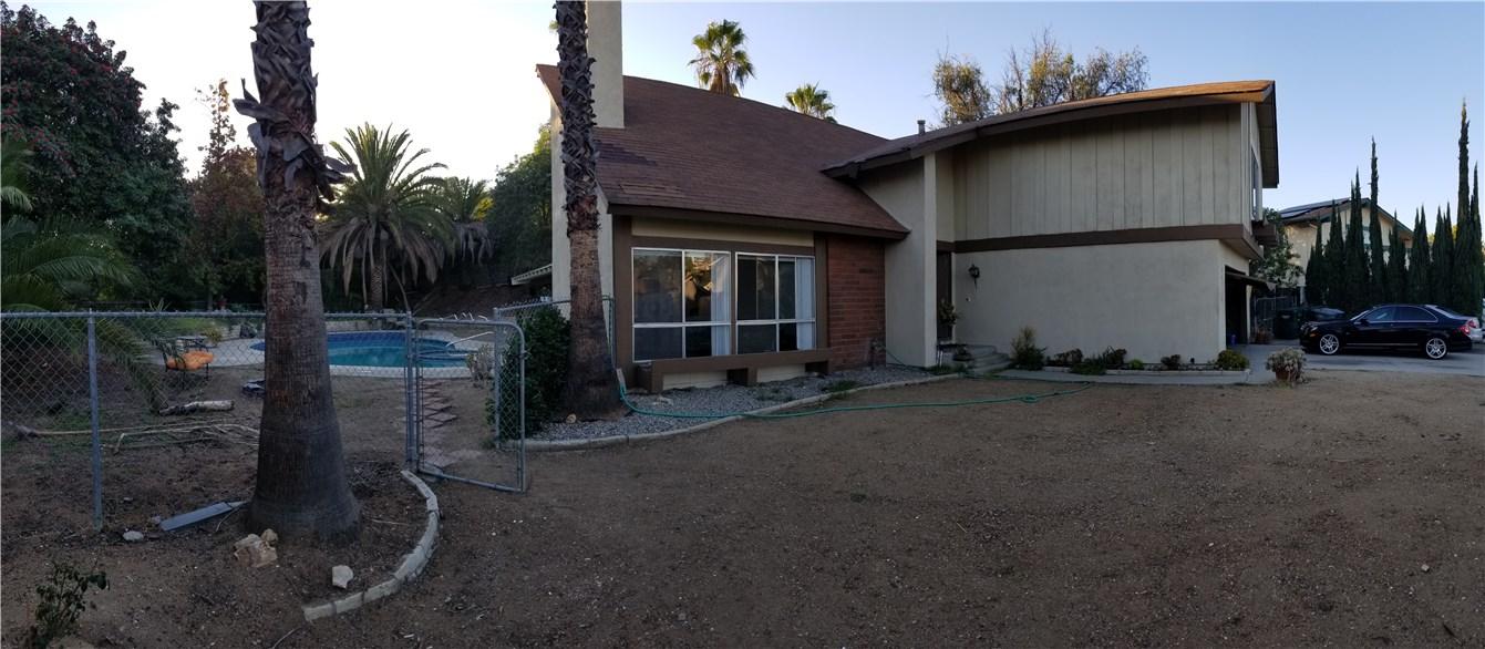 941 Baron Place, Escondido CA: http://media.crmls.org/medias/b57af867-b275-4c22-8519-6c70ca126063.jpg